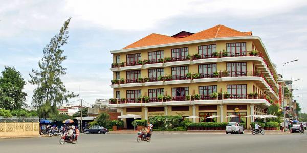 Photo of Amanjaya Pancam Hotel