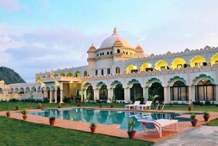 Gulaab Niwaas Palace