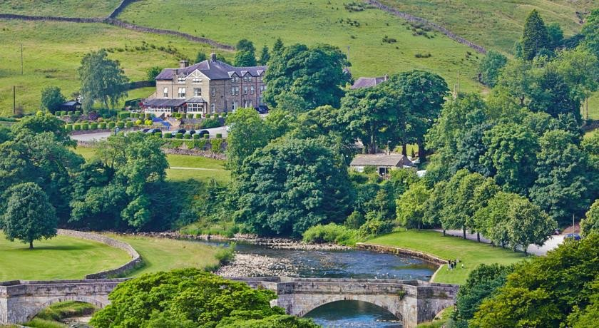 Photo of Devonshire Fell Hotel