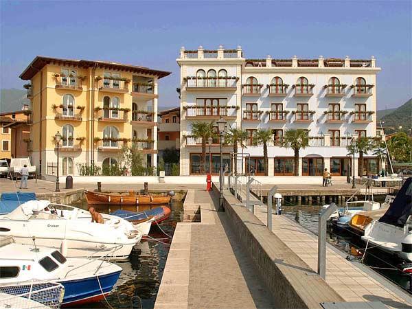 Photo of Hotel Bellerive, Salo