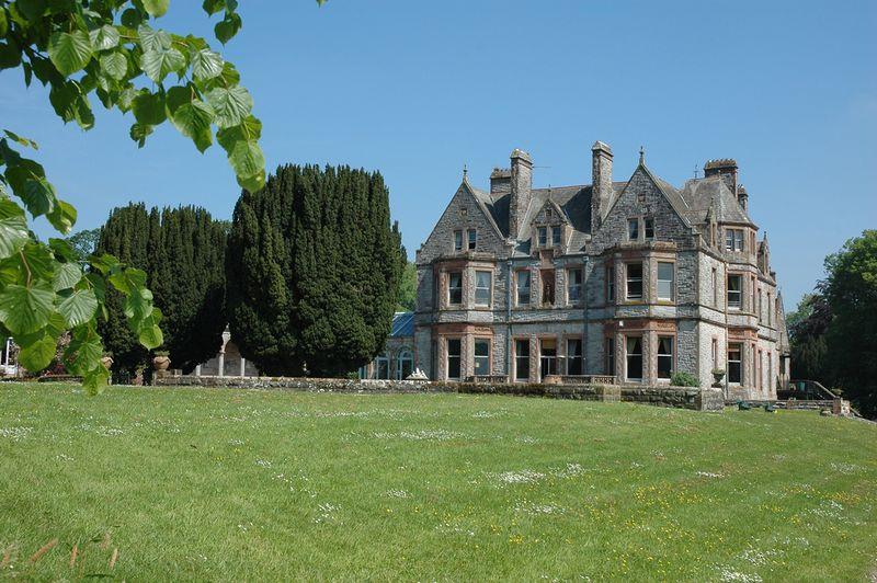 Photo of Castle Leslie