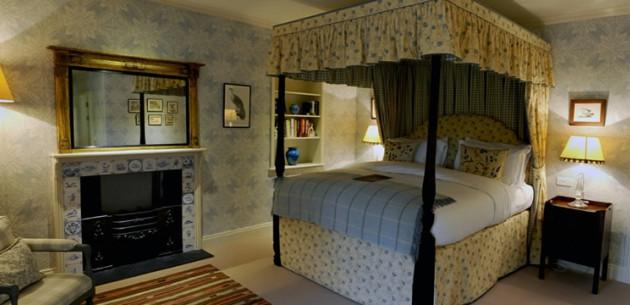 Photo of Loch Lomond Arms Hotel