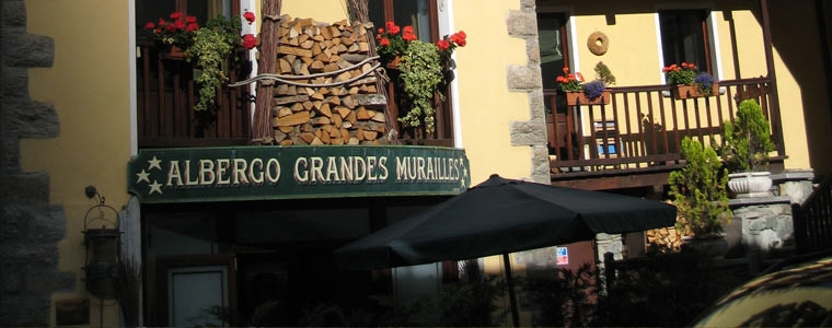 Photo of Albergo Grandes Murailles