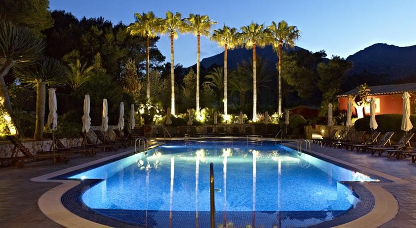 Photo of Hotel Cala Sant Vicenc