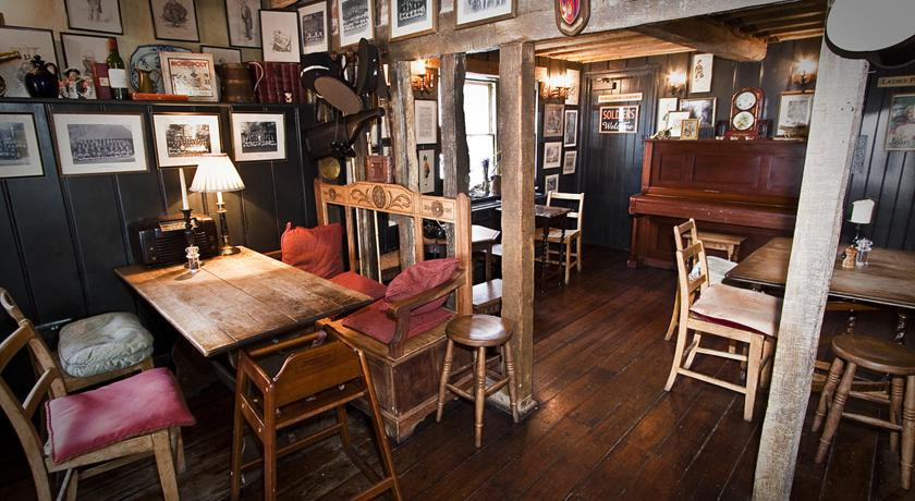 The Anchor Inn Hampshire Uk Discover Amp Book The