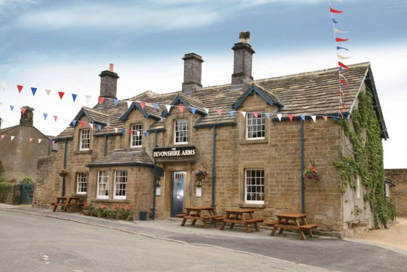 Photo of The Devonshire Arms at Pilsley