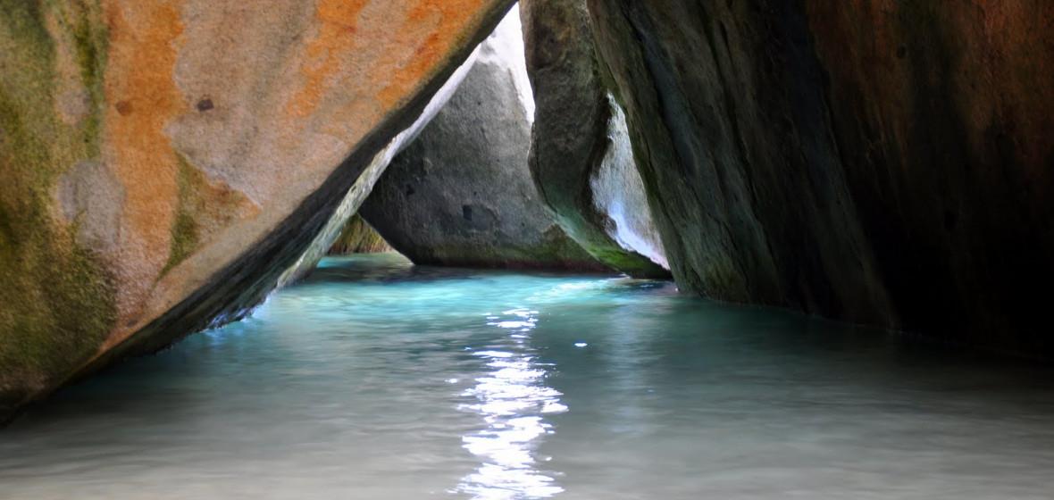The Baths, Virgin Gorda Island, British Virgin Islands, West Indies  № 1471517 бесплатно