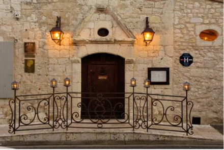 Hotel Michel Trama
