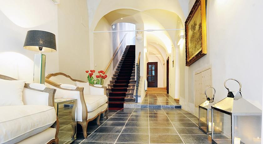 Photo of Lesar Hotel Angel