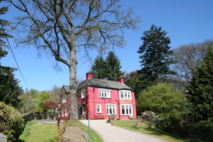 Torrdarach House