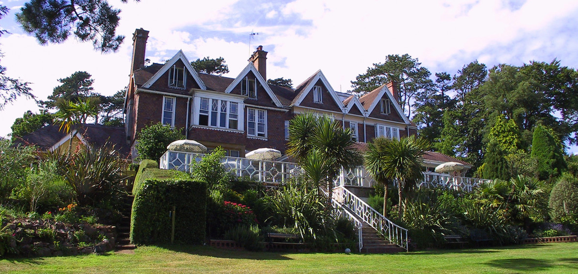 Photo of Orestone Manor Hotel