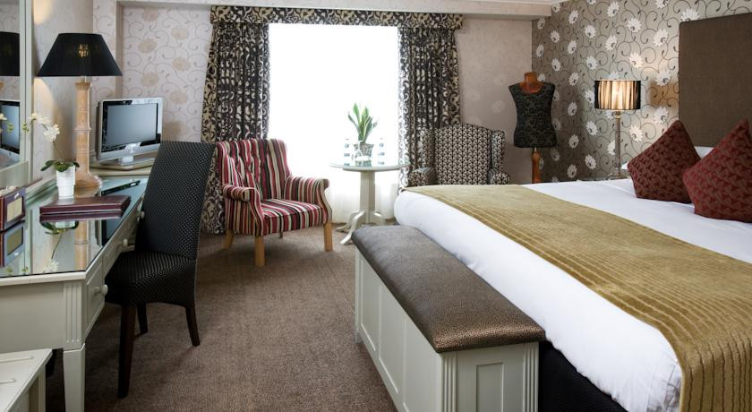 Photo of Brooks Hotel