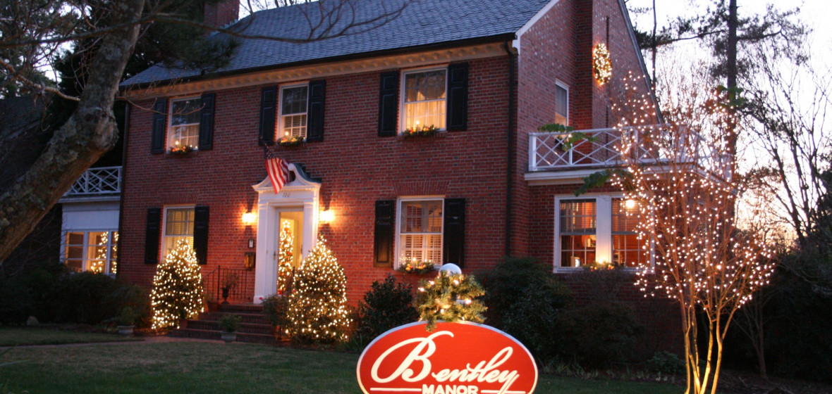 Photo of Bentley Manor Inn