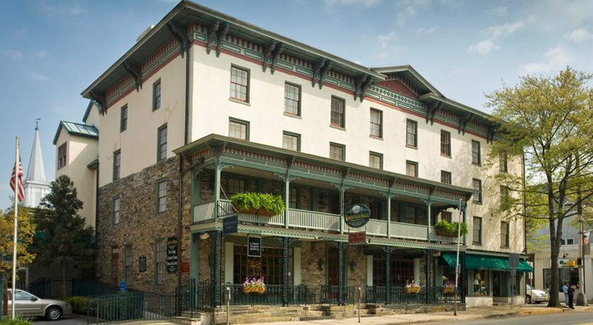 Photo of Lambertville House Hotel