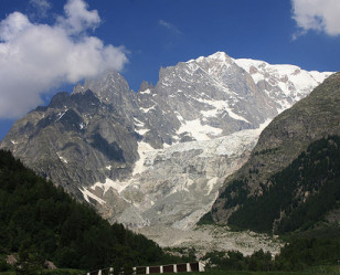 Photo of Courmayeur
