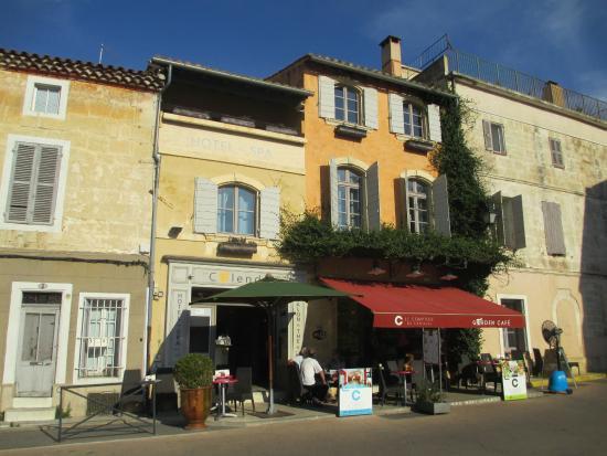 Photo of Hôtel Spa le Calendal
