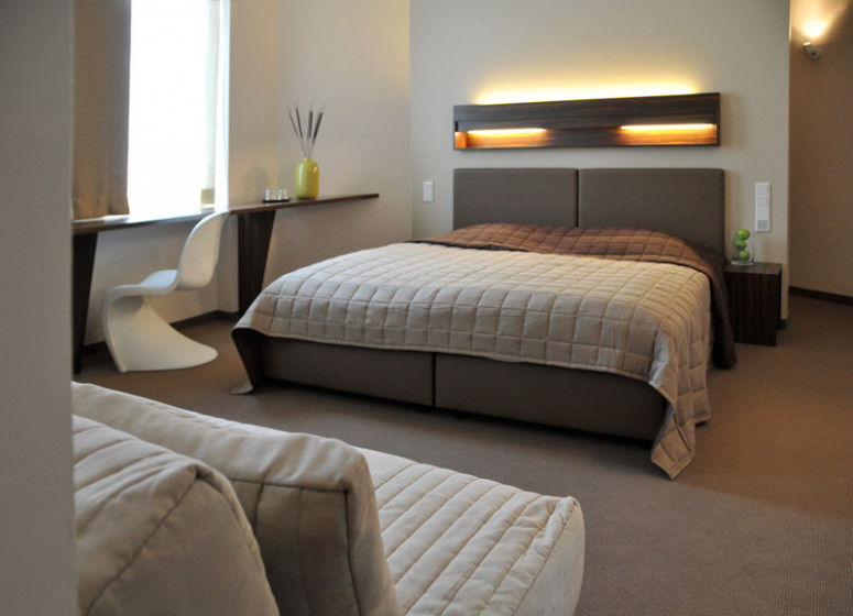 Casa colonia cologne germany discover book the for Small friendly hotels