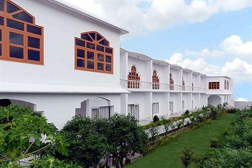 Photo of Hotel Isabel Palace