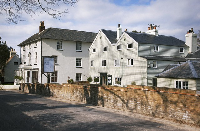 Photo of The White Cliffs Hotel