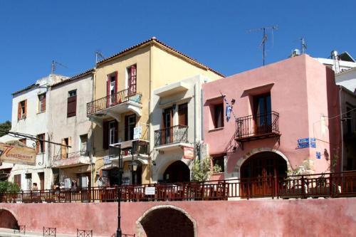 Photo of Bozzali Hotel