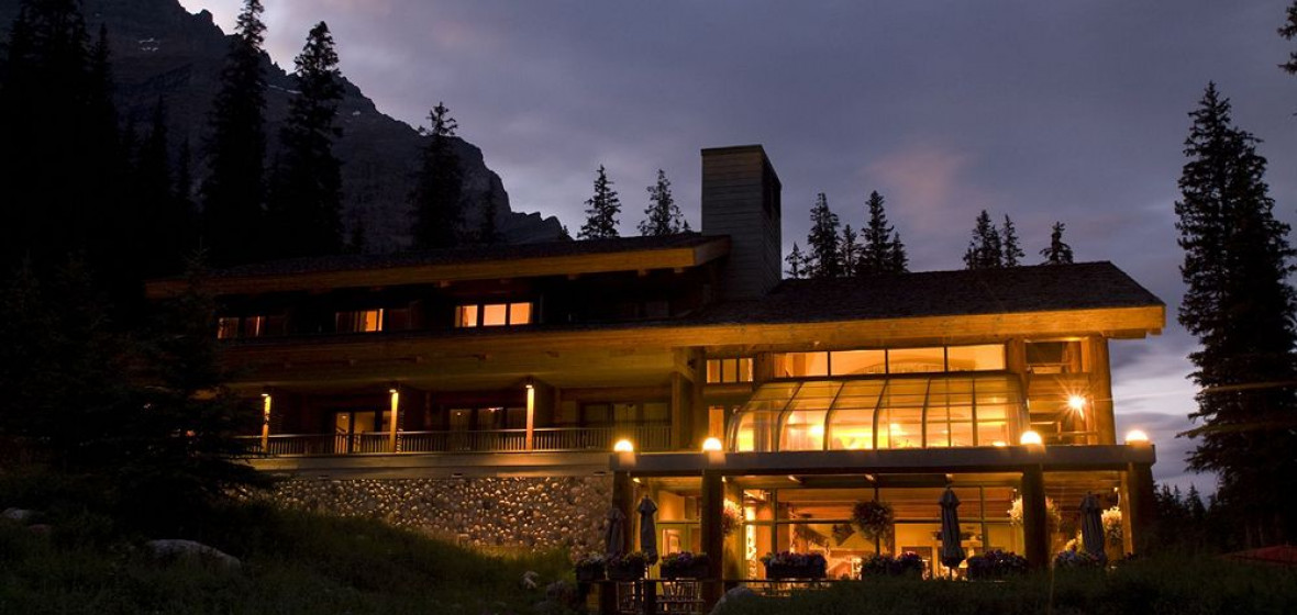 Photo of Moraine Lake Lodge