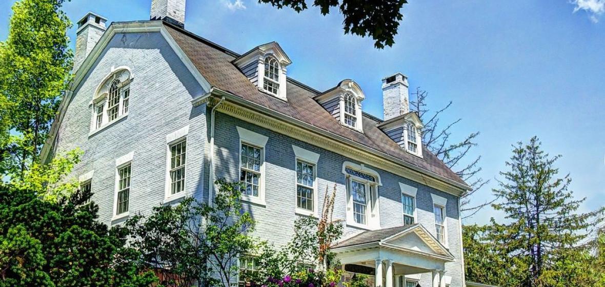 Photo of Simsbury 1820 House