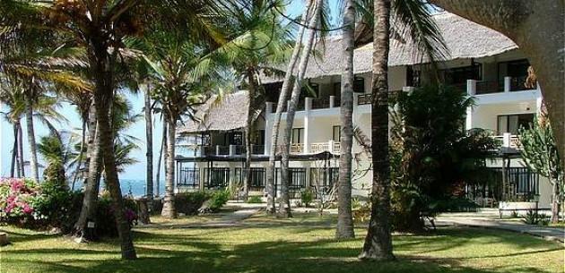 Photo of Hemingways Resort