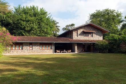 Stone House Lodge