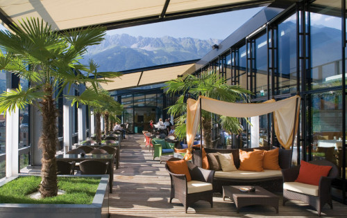 Best european rooftop bars the hotel guru for Designhotel innsbruck