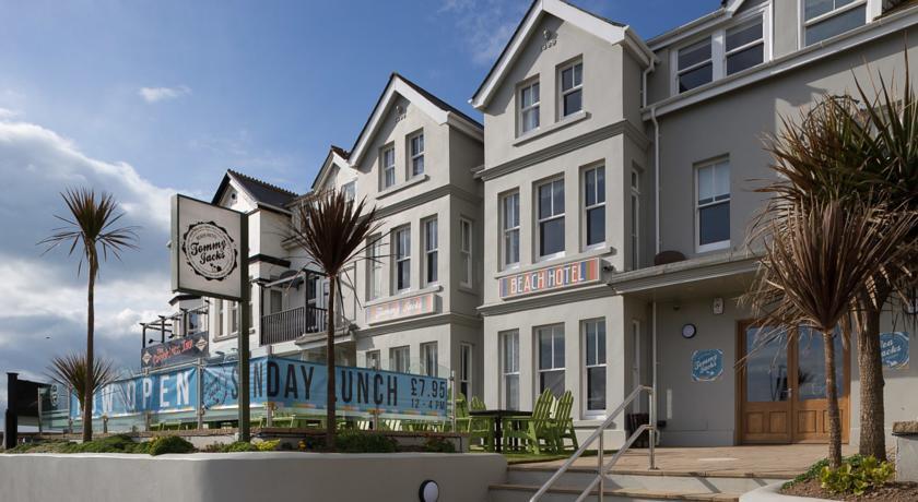 Photo of Tommy Jacks Beach Hotel