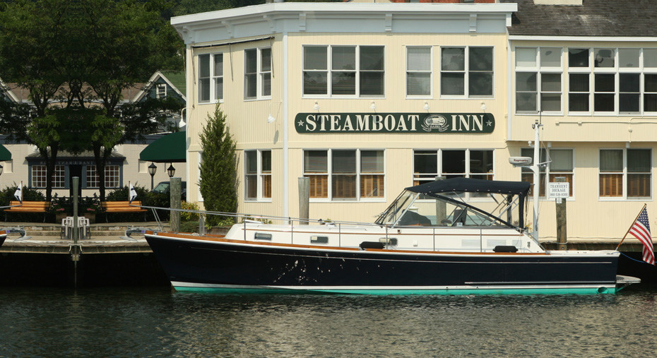Photo of Steamboat Inn