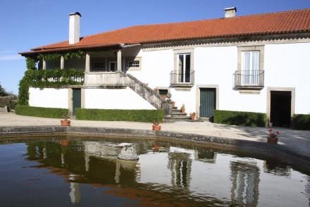 Casa de Vilarinho de Sao Romao
