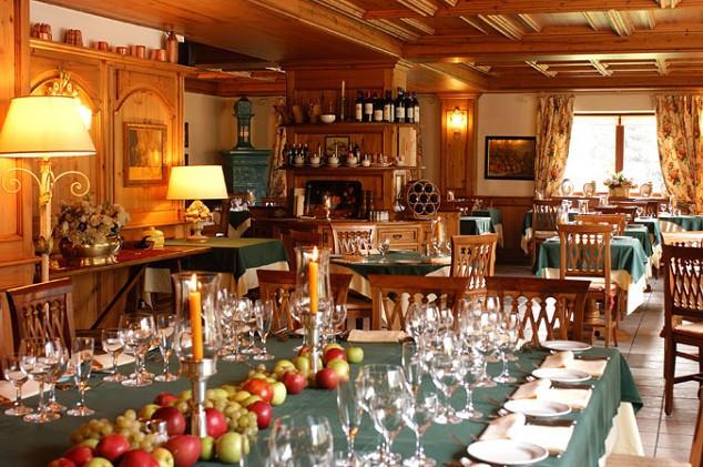 Auberge de la maison courmayeur italy the hotel guru for Auberge de la vieille maison rimouski