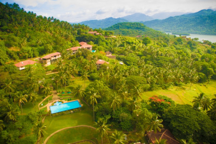 Victoria Golf and Country Resort