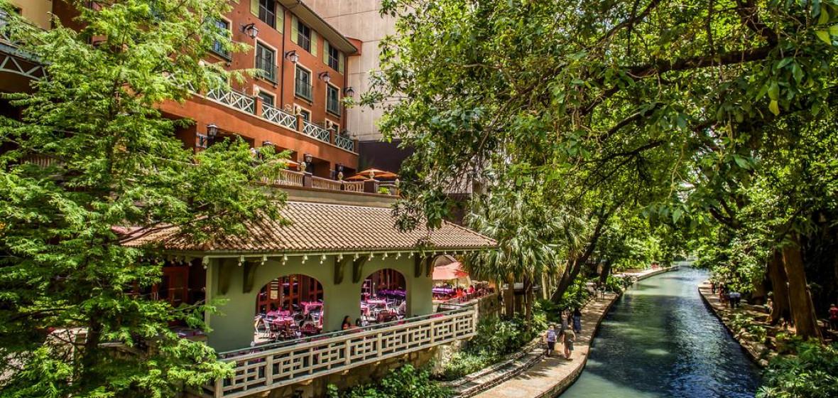 Photo of Hotel Valencia Riverwalk