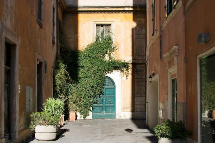 Best places to stay in rome italy the hotel guru for Casa fabbrini guest mansion roma