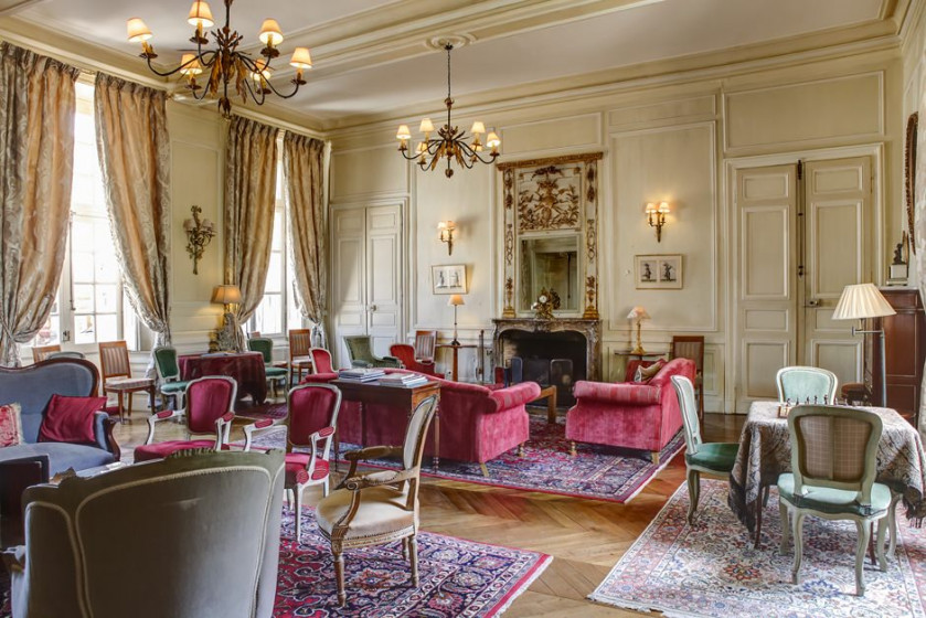 Chateau D Etoges Champagne France Discover Amp Book