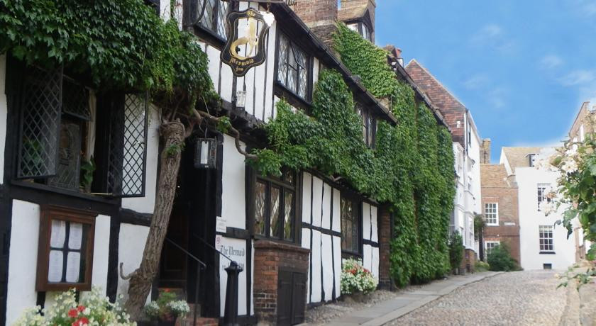 Photo of The Mermaid Inn