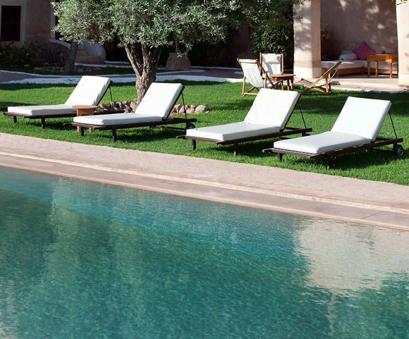 Tigmi marrakech morocco discover book the hotel guru for Garden pool book
