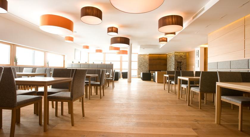 Manggei designhotel obertauern austria the hotel guru for Design hotel obertauern