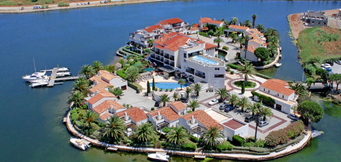 Photo of Hotel Ile de la Lagune