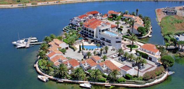 Photo of Hotel Ile de la Lagune