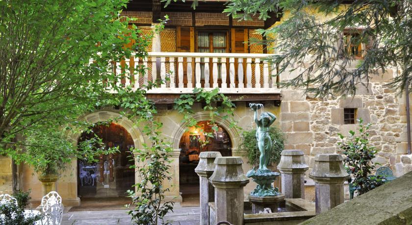 Photo of Palacio de Trasvilla