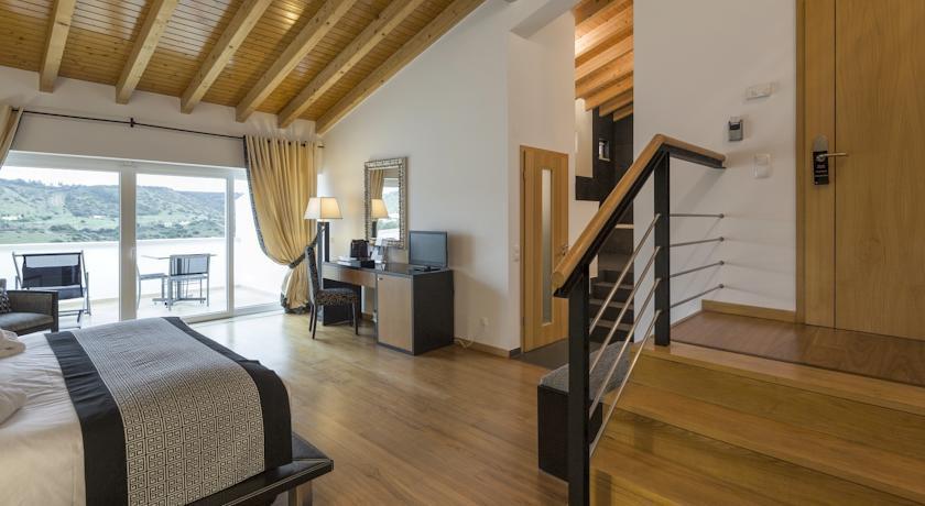 vila valverde algarve portugal discover book the hotel guru. Black Bedroom Furniture Sets. Home Design Ideas