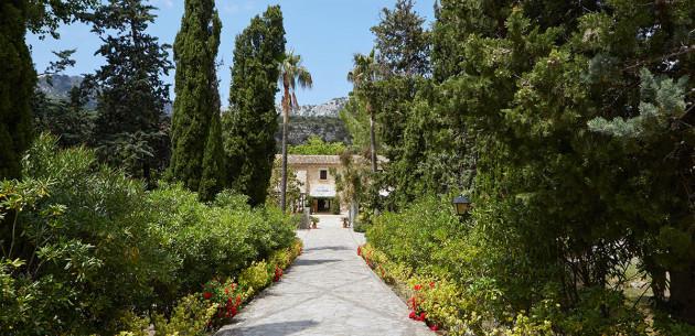 Photo of L'Hermitage Hotel & Spa
