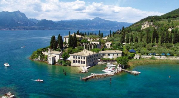 The Best Luxury Hotels On Lake Garda For Views