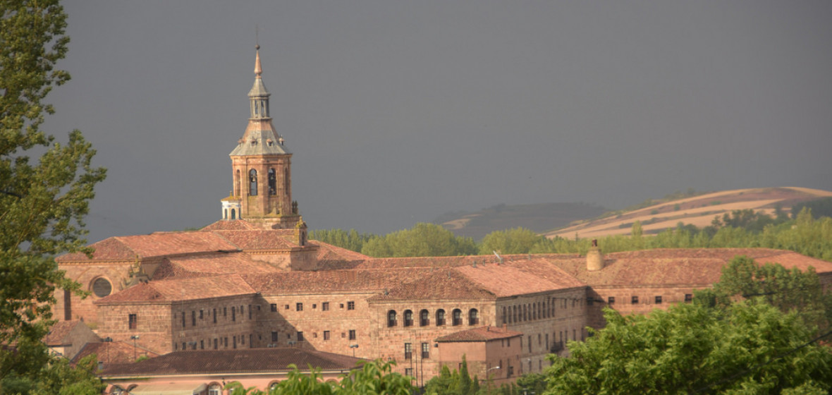 Best places to stay in la rioja spain the hotel guru for Hotel diseno la rioja