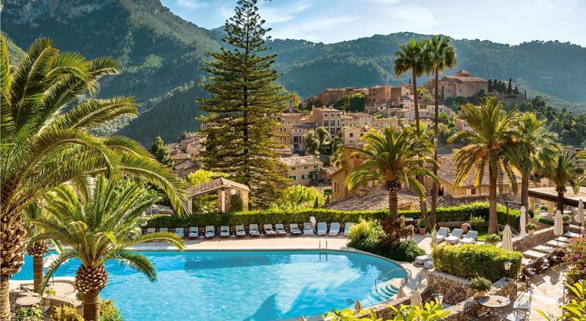 Photo of La Residencia