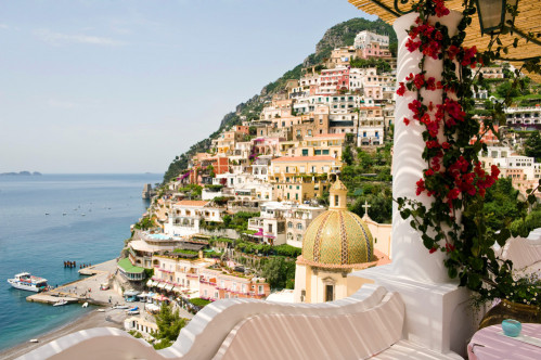 Tiny Tucked Away Conca Dei Marini Guarantees Privacy Positano With Its Chic S And Restaurants Offers Glamour The Cliffs Above Amalfi Town Have