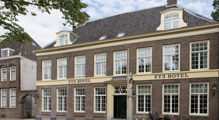 Photo of Eye Hotel